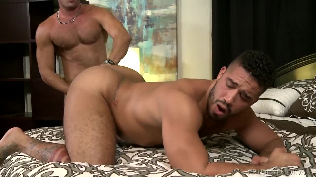 Free porn gay kissing