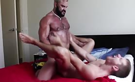 Muscle Bull Gives Male Serious Ass Pounding
