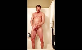 Hunk solo masturbation in shower