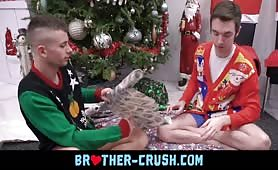 Xmas brotherly love incest BROTHER-CRUSH COM