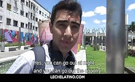 Two young Latin students recruited on street for gay sex LECHELATINO.COM