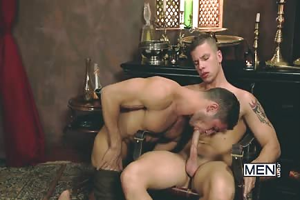HOT Male Dato Foland Flip-Fucks In Gay Of Thrones 2