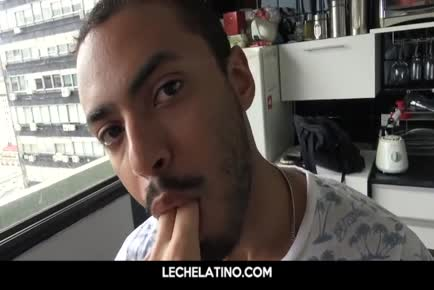 Stunning hispanic guy eager to blow and fuck uncircumsized penis for cash-LECHELATINO.COM