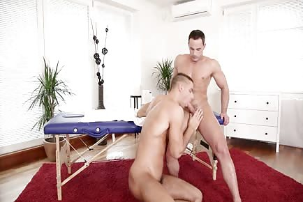 Muscular Hard schlong Massage
