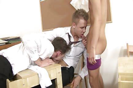 Horny Schoolboy Fuckers HD