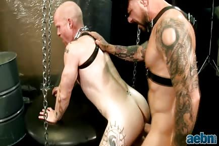 Rocco Steele Barebacks Bottom Brock