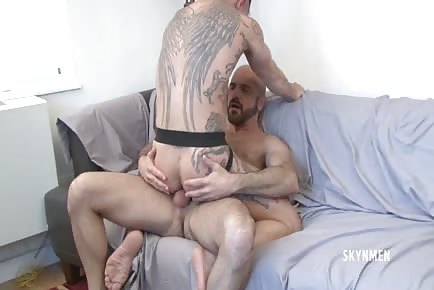 Angel wings Chet Daniel rides Adam Russo's daddy meat