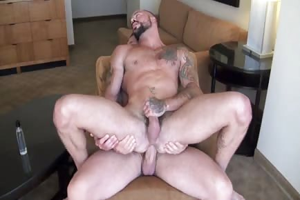 enormous cock Rocco Steele unprotected in tight male hole