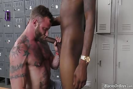 Derek Parker taking monster black uncircumsized penis in 60fps high definition