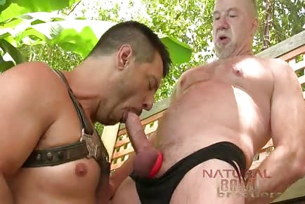 older Jim Ellis feeds hungry hole of dick Drainer