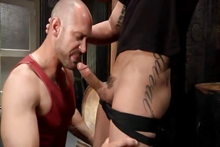 Horny bald male deepthroats gigantic cock and gets his bubble ass nailed