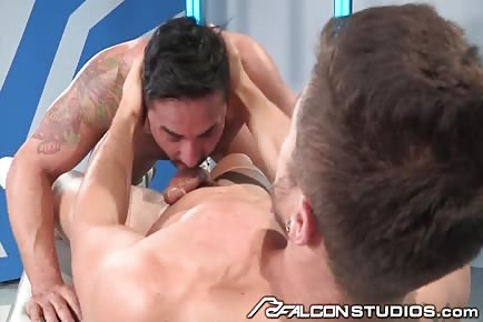 Sloppy deepthroat oral sex Fabio Acconi and Bruno Bernal