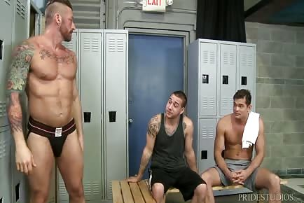 Locker room hunks really need that humongous cock