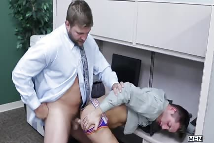 Colby Jansen sucks And rides The buttock hole of JD Phoenix At Work