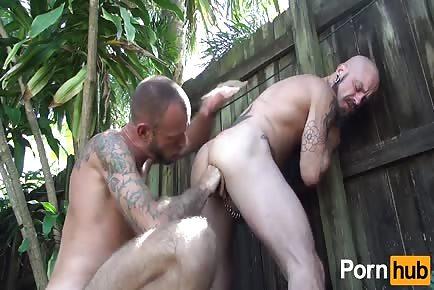 Bayou Americans hardcore bareback yard sex